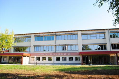 Glasbena šola v novi zgradbi