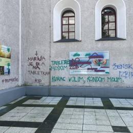 Napak na plakat (photo: Tomaž Mikuš)