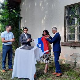 Odkritje temeljnega kamna enote za dnevno varstvo starejših na Vrhniki  (photo: Marjana Debevec)