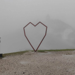 Svete Višarje na prvi avgustovski dan v megli (photo: Matjaž Merljak)
