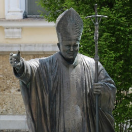 Sveti papež Janez Pavel II. (photo: Romarski urad Brezje)