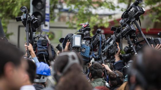 Mediji, novinarji (photo: Pixabay)